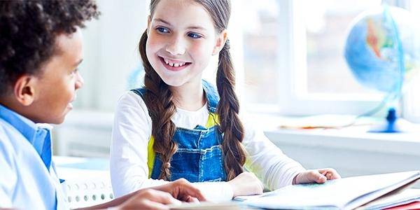 آیا به کودکان زبان انگلیسی بیاموزیم ؟